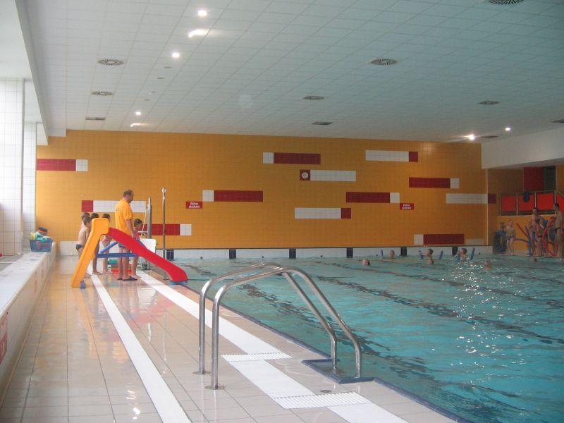 Plavecký bazén u ZŠ Sever - Česká Lípa