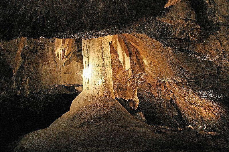 Punkevní jeskyně - anděl - autor Prazak, licence CC 3.0 http://creativecommons.org/licenses/by-sa/3.0/deed.cs