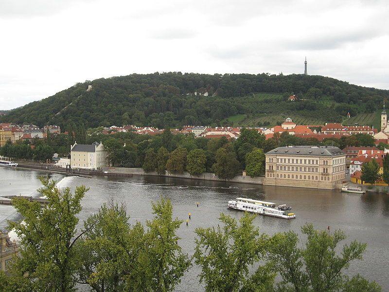 Petřínská rozhledna v Praze - autor Ludek, licence CC 3.0 http://creativecommons.org/licenses/by-sa/3.0/deed.cs