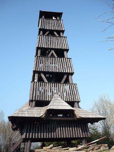 Rozhledna Čubův kopec u Francovy Lhoty - autor Marzper, licence CC 3.0 http://creativecommons.org/licenses/by-sa/3.0/deed.cs