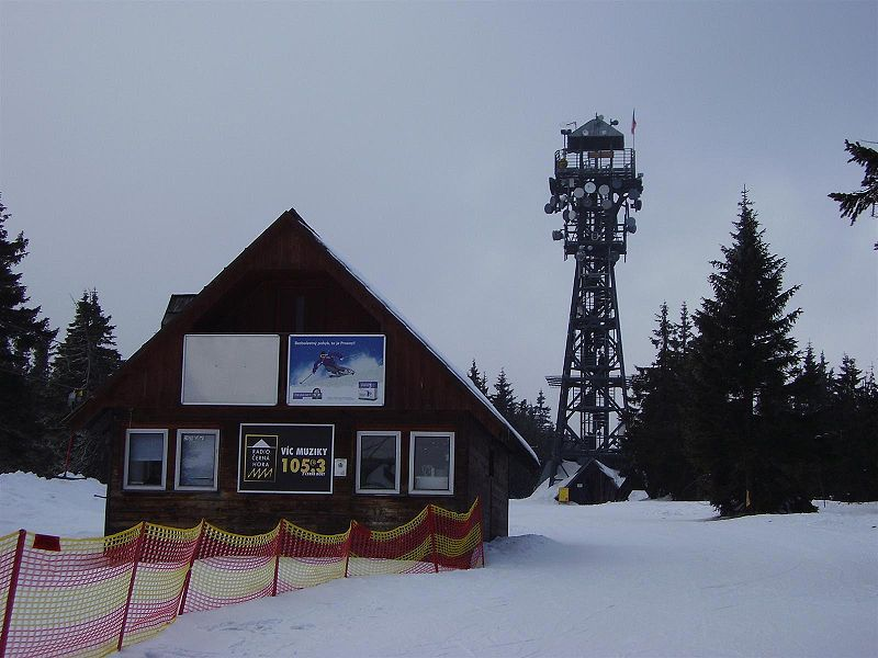 Rozhledna Černá hora u Janských Lázní - autor Honza Groh, licence CC 3.0 http://creativecommons.org/licenses/by-sa/3.0/deed.cs,