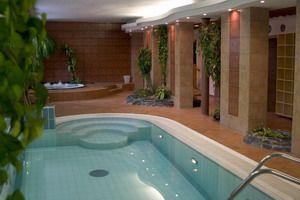 Bazén Hotel Synot