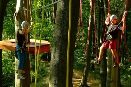 Active park Zbiroh - Školní výlet do lanového parku s prohlídkou zámku