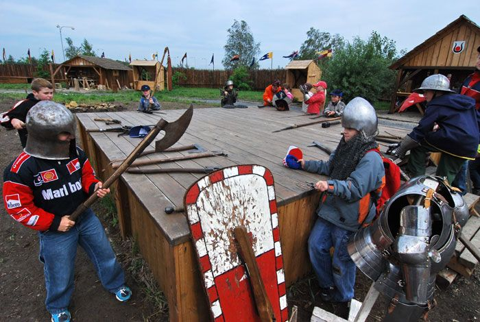 Tvrz Hummer Praha - Adrenalinový tábor