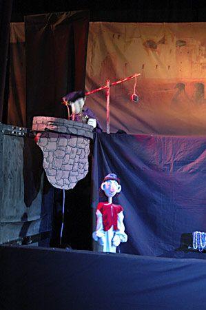 DDM Kamarád - Loutkové divadlo Aladinova kouzelná lampa