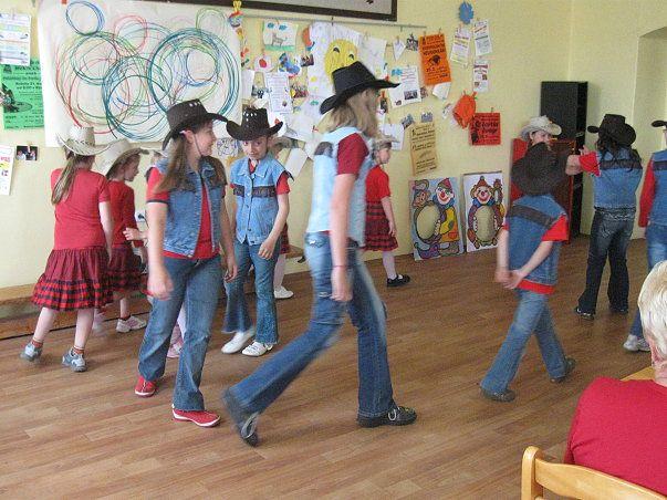MC Kulíšek Bystřice - Country tance