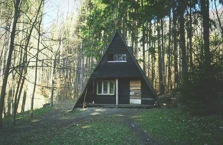 Táborová základna Hoštejn