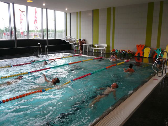 Plavecká škola SaRA Pražačka - Plavecký výcvik pro ZŠ a MŠ, bazén Pražačka