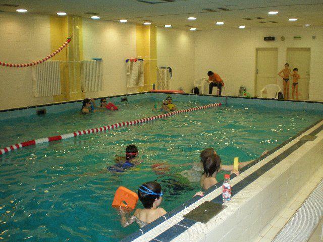Plavecký klub Šipka - Plavání dětí v bazénu Gymnázia JN, Praha
