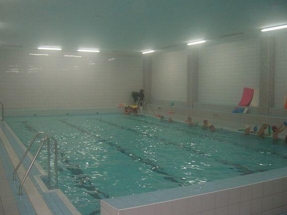 Bazén ZŠ Holzova Brno