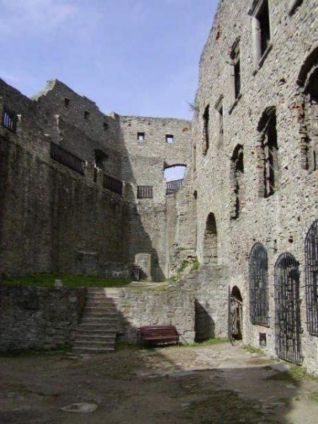 Hrad Hukvaldy - Rytíři na hradě