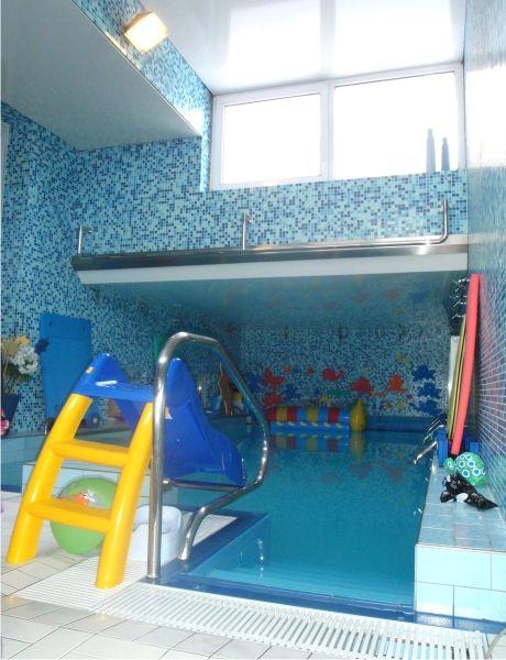 Plavecký klub Pro Baby České Budějovice - Plavání předškoláků ve vlastním bazénu klubu