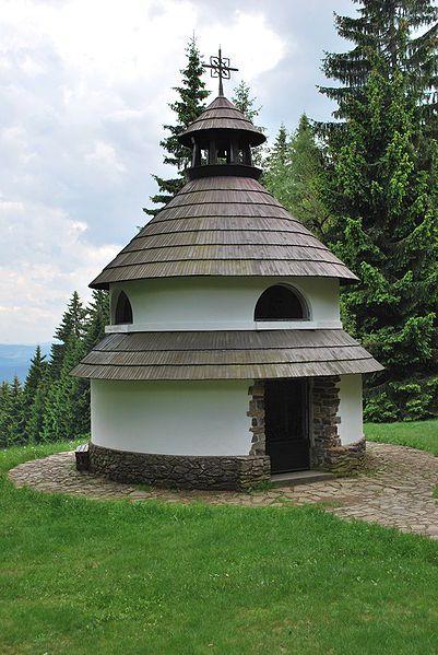 Javorník - vyhlídka nad obcí - Kaple sv. Antonína