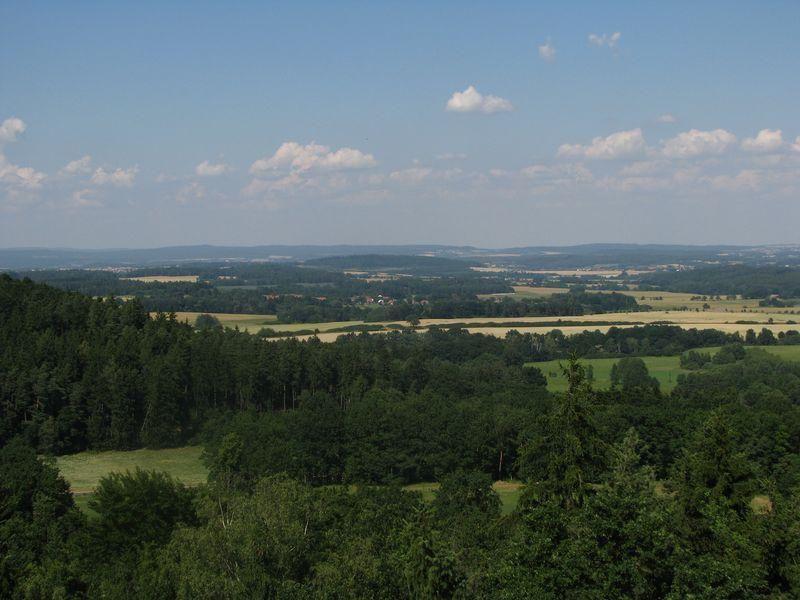 Rozhledna na vrchu Chlum, Chanovice - výhled