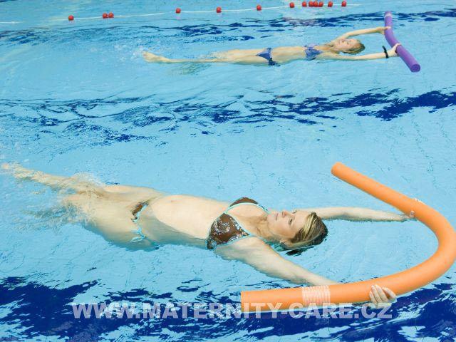 Maternity care - Plavání v těhotenství v Aquapalace Praha