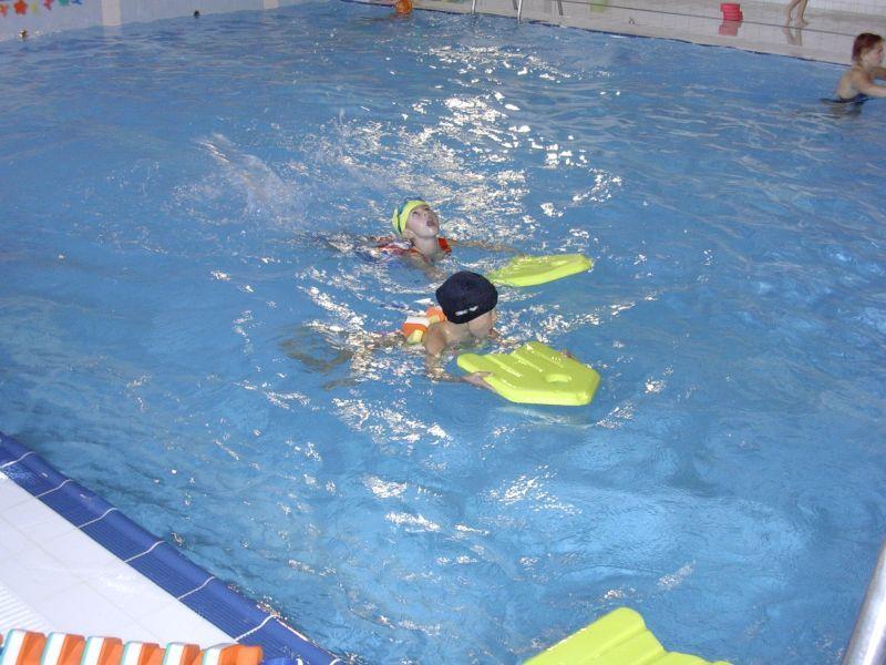 Renata Pavlů - Samostatné plavání dětí v bazénu ZŠ Štefánikova, Hradec Králové