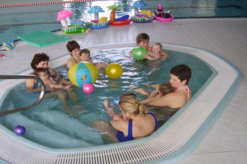 BC Betynka - Plavecký kurz pro děti od 6ti měsíců s rodiči v Aquaparku Horažďovice