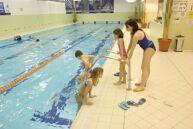 KC Motýlek Praha - Plavání pro děti s postižením s rodiči v Holmes Place ČM
