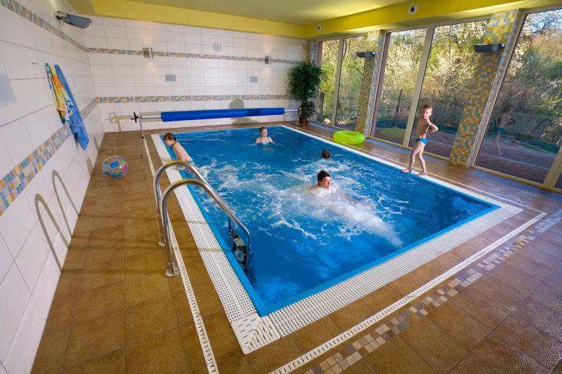 Klub Matýsek - Plavání rodičů s dětmi v bazénu hotelu Panorama Blansko