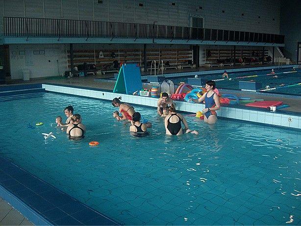 Dětský klub Vodníček - Plavecký kurz pro rodiče s dětmi od 7 měsíců do 5 let v bazénu Hloubětín