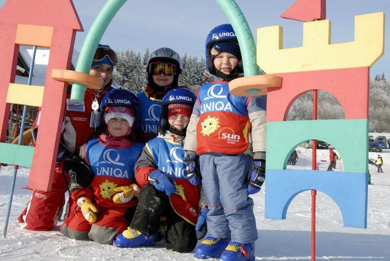 SUN & SKI BOARD SCHOOL - Lyžařská škola ve Ski areálu PROskil Branná