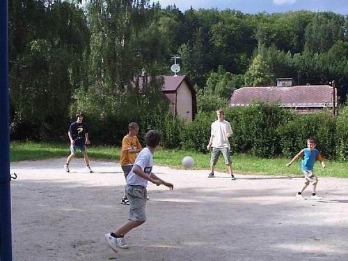 Hvězdárna Karlovy Vary - Letní astronomické tábory 2011 pro děti 8-13 let