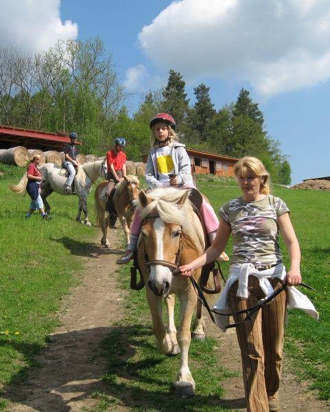 Stáj Artuš, Bučovice - Letní integrační tábory s koníky