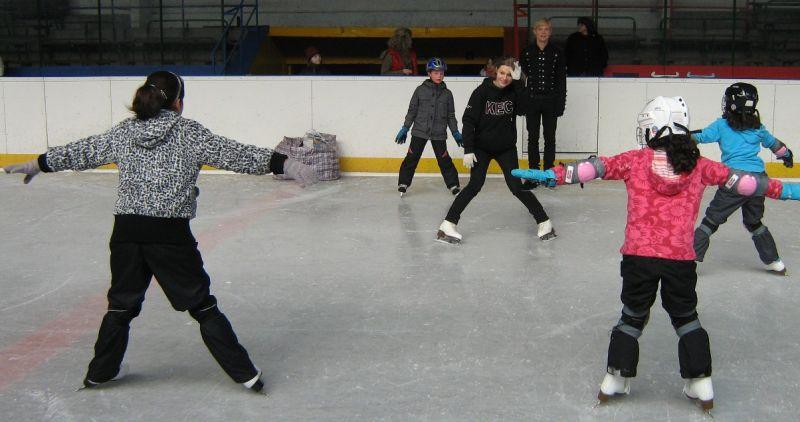 Zimní stadion Nikolajka, Praha - Kurzy bruslení, hokeje a krasobruslení