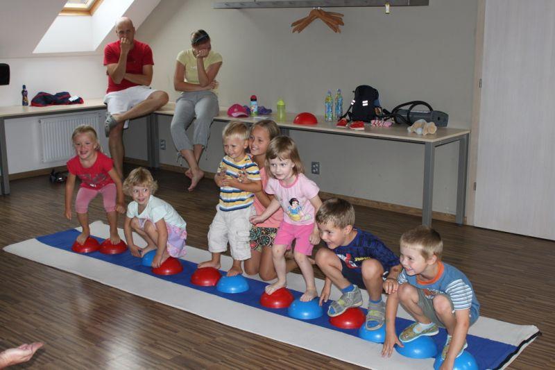 Cvičeníčko R. Nemkyová - Pobyt pro rodiče s dětmi se sportovním programem v Býkovicích