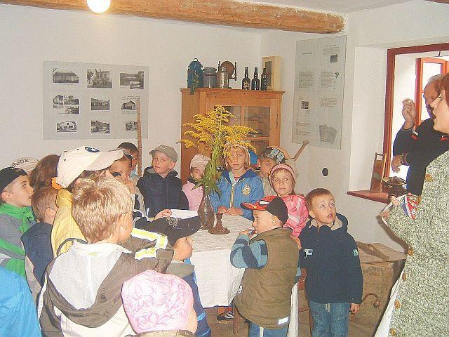 Zámecký statek Újezd nade Mží - Vzdělávací výlety pro školky a školy