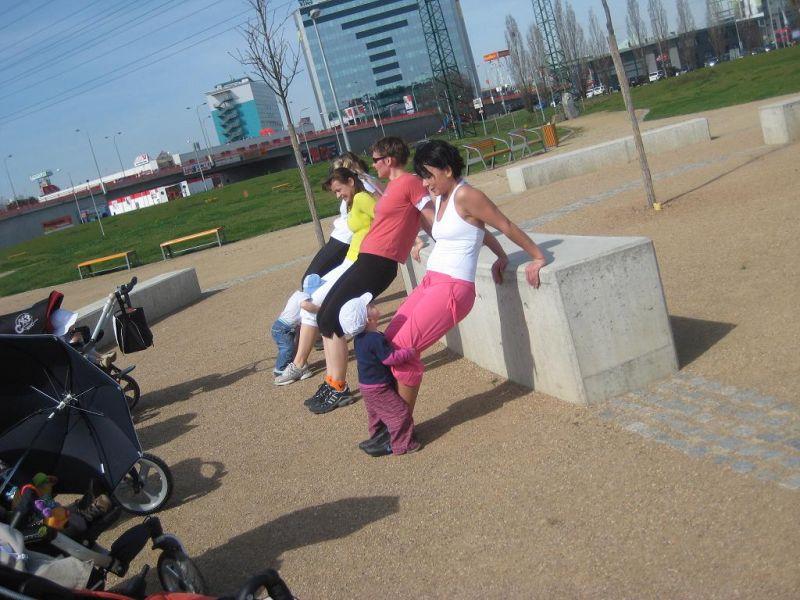 FITMAMI - Cvičení pro maminky v Plzni, Borský park - LEKCE ZDARMA