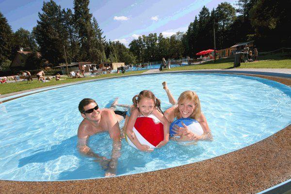 Termální koupaliště Velké Losiny - Zahájení sezóny 2011