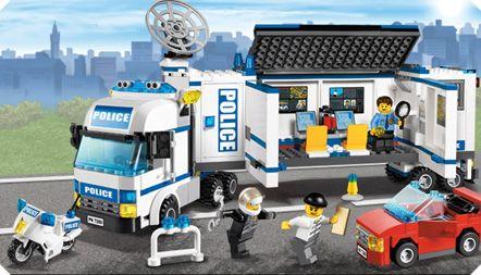 LEGO® CESTUJ S NÁMI DO BUDOUCNOSTI!