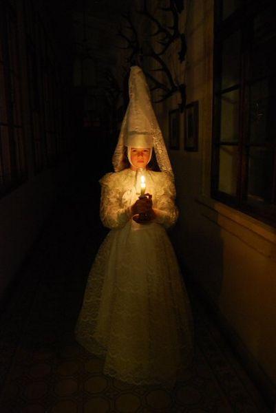 Zámek Mníšek pod Brdy - Hradozámecká noc s čertem, čerticí a ohňostrojem