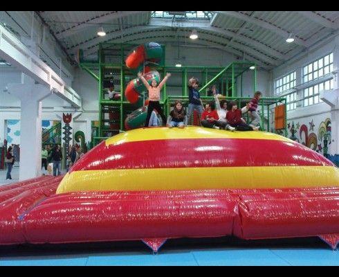 Zábavní parky a hřiště pod střechou