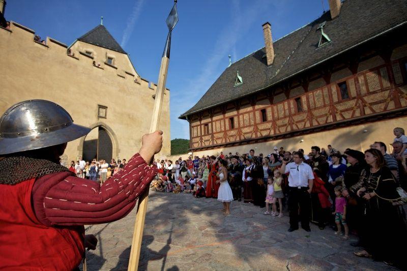 Hrad Karlštejn - Královský průvod