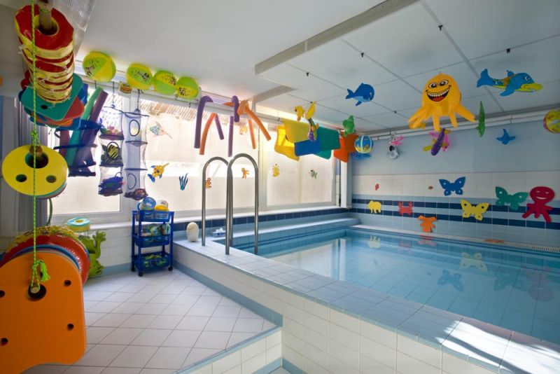 Baby Club Juklík Praha 5 - plavání dětí