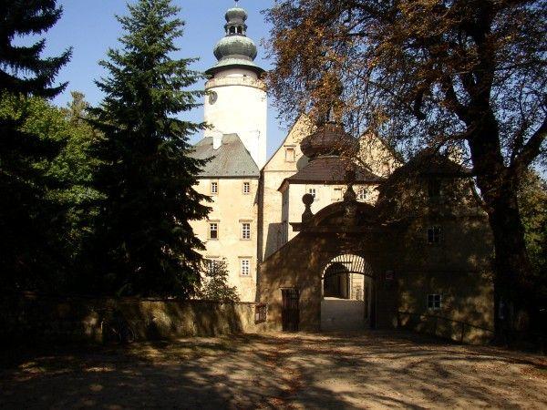 Mezinárodní naučná stezka Lužické a Žitavské hory - Zámek Lemberk