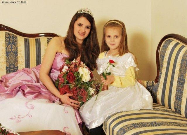 Svatojánský bál princezen, rytířů a princů