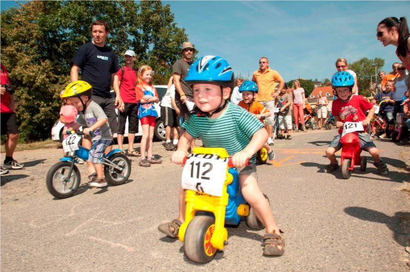 Prosecké skotačení 2012 - dětské cyklozávody - 2. ročník
