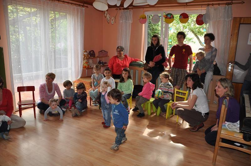 Příměstské tábory pro děti od 3 let ve Školce malého stromu v Průhonicích