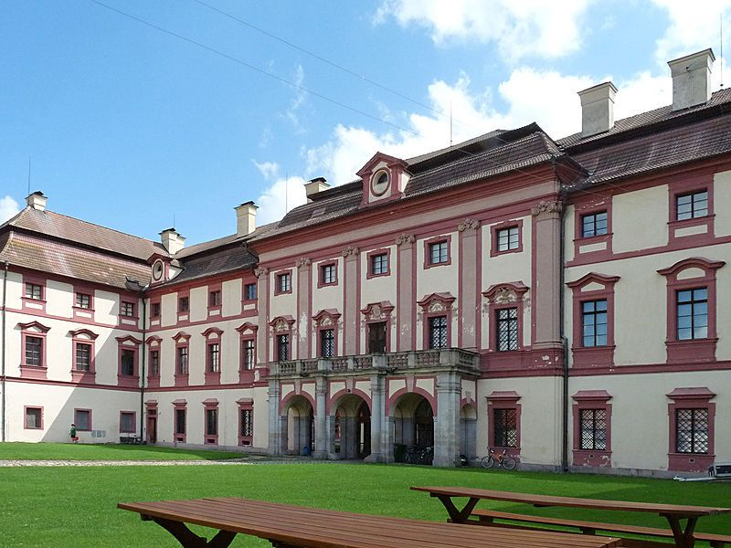 Zámek Lovecký zámek Ohrada