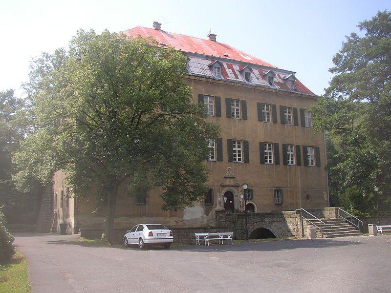 Jílovský zámek