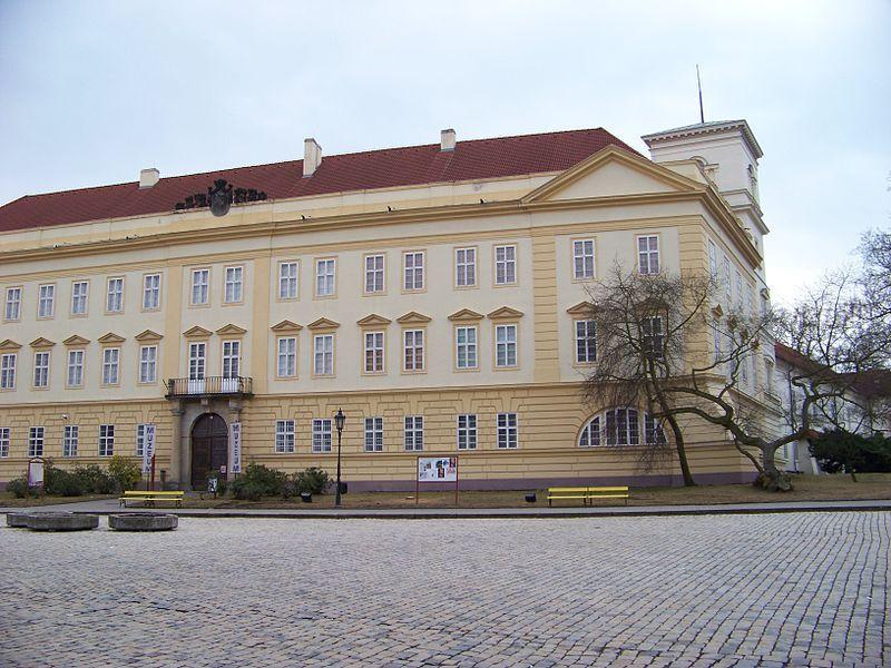Zámek Teplice - Regionální muzeum v Teplicích