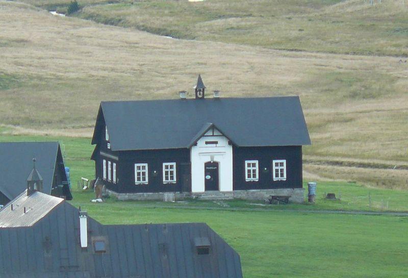 Na rašeliniště Jizery kolem Hnojového domu - Muzeum Jizerských hor
