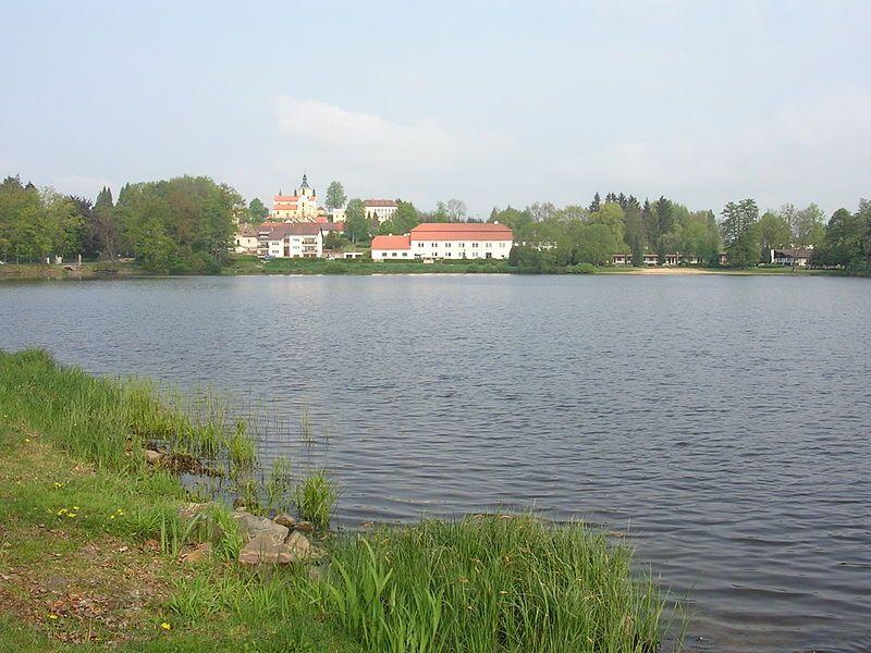 Naučná stezka Mikuláše Rutharda - Zámek Chlum a rybník Hejtman